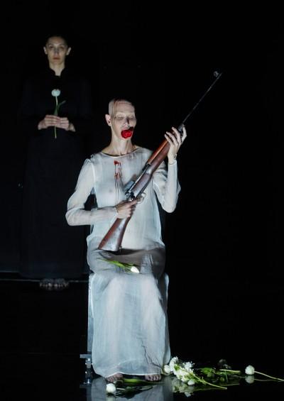 Lemi Ponifasio, I AM, Jahrhunderthalle Bochum, 2014 © Ruhrtriennale, Foto: Jörg Baumann, 2014